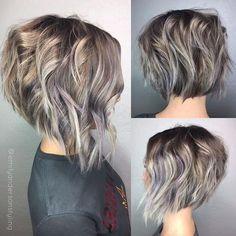 Graduated Stacked Bob Hairstyles #BlondeHairstylesBob #HairstylesForWomenBobbyPins