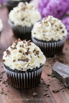 Chocolate Cupcakes with White Chocolate Frosting-7