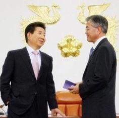 Korean Peninsula, Sense Of Life, The Man, Presidents, Pride, Suit Jacket, Politics, Hero, Suits