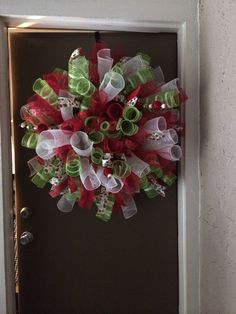 Holiday deco mesh curl wreath