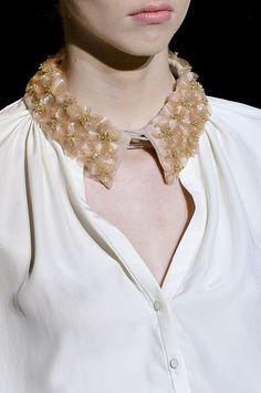 plastic flower collar