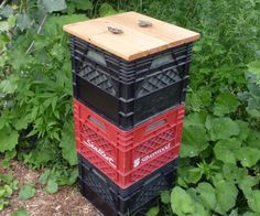 How to make a vertically stacked composter using milkcrates.  This instructable is based on Terracotta home composter by artworker http://www.instructables.com/id/Terracotta-home-composter/ and the creators of the terracotta composter, Daily Dump (http://www.dailydump.org/ ...