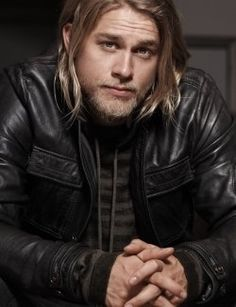 Charlie Hunnam. Sons of Anarchy