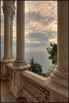 Sea view  dontcallmebetty:      Sguardo verso il mare (von Outlaw Pete 65)