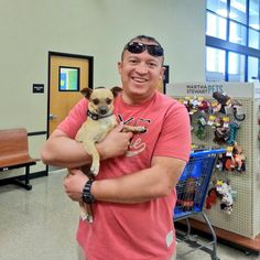 Talk about starting the weekend off on the right paw! Oso (A769123), now Perro, was adopted from our PetSmart Charities Everyday Adoption Center by the man who originally found him!