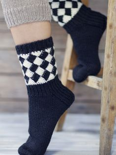 Nordic Yarns and Design since 1928 Knitted Slippers, Wool Socks, Knitting Socks, Hand Knitting, Knitting Patterns, Tunisian Crochet, Knit Or Crochet, Mitten Gloves, Mittens