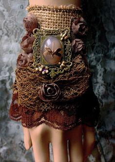Gypsy boho bohemian glamour cuff by pinkabsinthe on Etsy Gypsy Style, Boho Gypsy, Bohemian Style, My Style, Hippie Style, Textile Jewelry, Fabric Jewelry, Boho Jewelry, Steampunk Fashion