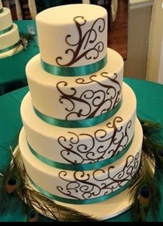 Peacock wedding cake design