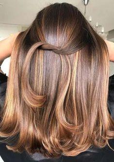 Adorable Caramel Hair Color Tones for Ladies in 2021 | Voguetypes Hair Color Highlights, Hair Color Balayage, Caramel Highlights, Hair Color And Cut, Haircut And Color, Sleek Hairstyles, Hairstyles Haircuts, Hombre Hair, Haircuts For Medium Hair