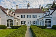 """Dandridge Sterne on Instagram: """"A Lake Forest favorite that just hit the market. Designed by Ambrose Cramer and built in 1925. #oldhouselove #traditionalhome #classichome…"""" Green Bay, Lake Forest, Forest House, Classic House, Traditional House, Renting A House, Curb Appeal, Outdoor Spaces, Real Estate"""