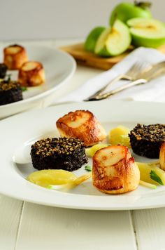 Saute Scallops And Black Pudding - Cockles n' mussels