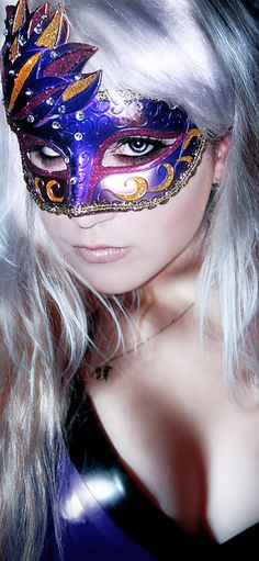 Damn right, Masquerade : Photo Mardi Gras Carnival, Carnival Masks, Masquerade Party, Masquerade Masks, Hidden Beauty, Beautiful Mask, Venetian Masks, Fantasy, Makeup Art