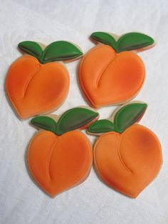 Sweet Georgia Peaches  Decorated Sugar Cookies by MartaIngros