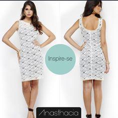 Inspire-se nesse vestido de renda com cetim! http://www.anasthacia.com.br/vestidos/vestido-de-renda-com-cetim  Ele é perfeito para compor looks elegantes e modernos.