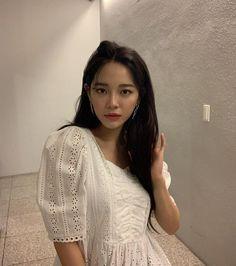 Korean Actresses, Actors & Actresses, Kim Sejeong, Korean Singer, Kpop Girls, Kdrama, Sari, Female, Instagram