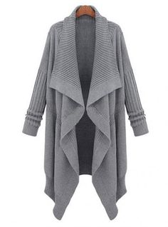 Love to live in long sweaters in the winter. Fashion Moda, Look Fashion, Fashion Clothes, Shawl Cardigan, Ribbed Cardigan, Long Cardigan, Mode Inspiration, Courses, Long Sweaters