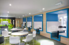 Graven designed the head offices of the Student Loans Company, Glasgow. Scope included communications, graphic design, interior design, signage & wayfinding