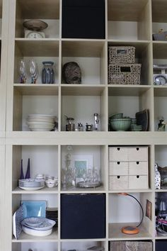 Open storage in an EXPEDIT unit | live from IKEA FAMILY