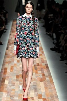 Rachel Zoe Dress Worn By Lily Collins Seems Eerily Similar To This Valentino Version: See The Lookalike Style! | Style