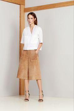 The culotte trend is a fashion favorite this spring. Style with fitted top. Perfect look for day to night, work or casual. #culottes #pant #spring2015 #streetstyle #fashion #personalshopper #wardrobestylist #clothinginspiration #trends