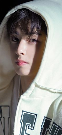 Korean Drama Songs, Photography Editing Apps, Handsome Korean Actors, Handsome Guys, Joon Hyuk, Ariana Grande Photoshoot, Eunwoo Astro, Cha Eun Woo Astro, Lee Soo