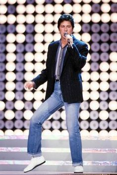 Shakin Stevens - Fotos kaufen | imago images 80s Music, Singers, My Photos, Concert, Image, Amor, Concerts, Singer