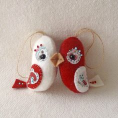 A couple of sweet Love Birds for Valentine's Day.  Pattern available soon:)