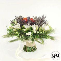 Buchet mireasa frezii grau lavanda si maci _ BM214 – YaU concept Maci, Wedding Bouquets, Wreaths, Table Decorations, Artist, Design, Home Decor, Decoration Home, Wedding Brooch Bouquets