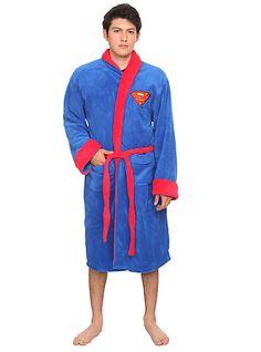 DC Comics Superman Fleece Bathrobe   Hot Topic  $69.50 (on sale 52.13)