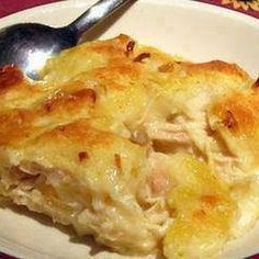 CHICKEN & DUMPLIN CASSEROLE @keyingredient #soup #chicken #casserole