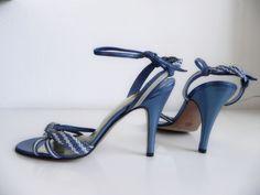 75 beste afbeeldingen van Vintage pumps shoes Pumps, Pomp