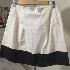 Adorable J.CREW Skirt Worn once!!! Super adorable J.Crew skirt J. Crew Skirts