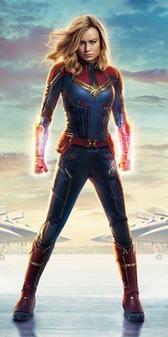 Carol Denvers Captain Marvel Pose iPhone Wallpaper - iPhone Wallpapers