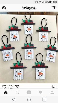 Christmas Crafts For Kids To Make, Christmas Ornament Crafts, Snowman Crafts, Xmas Crafts, Craft Stick Crafts, Christmas Art, Christmas Decorations, Snowman Ornaments, Popsicle Stick Christmas Crafts