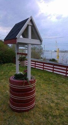 Wishing well planter made from recycled tires | diy ...