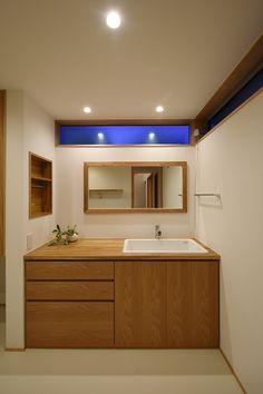 Toilet And Bathroom Design, Toilet Tiles, Small Bathroom, Home Room Design, Living Room Designs, Basin Design, Modern Baths, Bathroom Trends, House Rooms