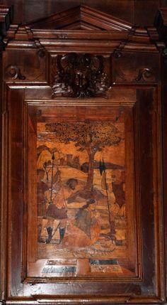 Fra Damiano Zambelli - Martirio di Santa Caterina d'Alessandria (cartone di Bernardo Zenale ) - tarsie del coro - 1510-20 circa - Chiesa dei Santi Bartolomeo e Stefano - Bergamo (Italia)