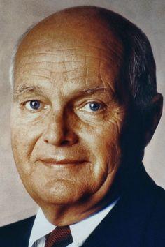 Target founder Douglas Dayton dies at 88