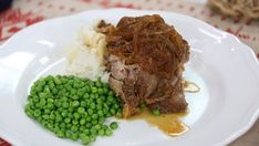 Diner style braised pork with smoked spices Pork Recipes, Vegetarian Recipes, Cooking Recipes, Recipies, Braised Oxtail, Brunch Appetizers, Boneless Pork Shoulder, Pork Ham, Soup And Sandwich