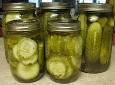 Keeping it Simple: Homemade Dill Pickles