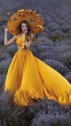 Girl Photography Poses, Creative Photography, Fashion Photography, Lovely Girl Image, Girls Image, Fantasy Dress, Mode Vintage, Stylish Girl, Yellow Dress