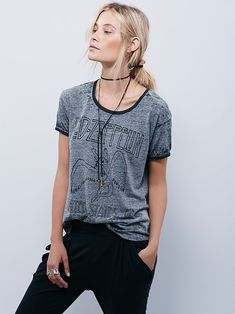 Led Zeppelin Tee | Vintage inspired Led Zeppelin tee featuring a high low hem.  Super soft in a comfy heathered fabric.