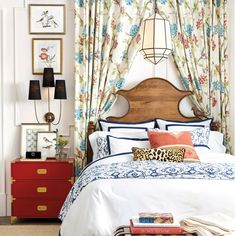 Trendy bedroom mirror above bed furniture Ideas Bar Furniture, Unique Furniture, Bedroom Furniture, Bedroom Color Schemes, Bedroom Colors, Bedroom Ideas, Rug Size Guide, Above Bed, Patio Rugs