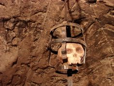 medieval prison   ... and the Oubliette: Uncovering The Truth Behind these Medieval Prisons