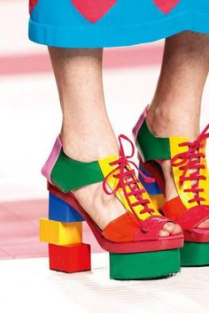Fashionistas Unite!: Deco High Heels – Essential Highlights for This Summer