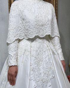 Muslim Wedding Dresses, White Wedding Dresses, Wedding Gowns, Prom Dresses, Abaya Fashion, Modest Fashion, Fashion Outfits, Fantasy Gowns, Lace Skirt