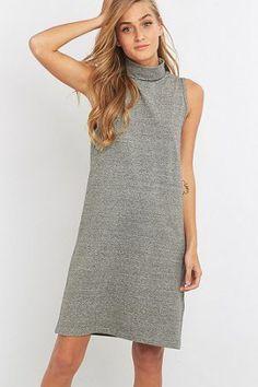 ADPT. – Kleid in Grau mit Rollkragen – Damen 36