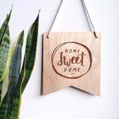 I LOVE helping to bring your design ideas to life... just like I did with this wooden banner I designed exclusively for @caringcanary to include in their stunning bespoke gift packages.  Feel free to get in touch with your  creative needs, wants and dreams! I also love a fun collab too! X  #graphicdesign #typography #lettering #logos #collabswelcome #design #creative #invitations #branding #madesomething #caringcanary #bespokegifts #madesomethingau #wallhanging #woodenbanner #homesweethome