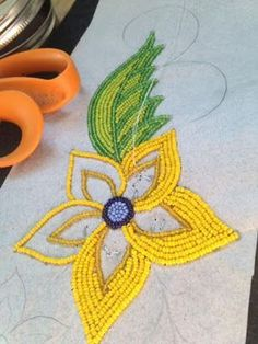 (via Marcie Williams, Bead Work) Indian Beadwork, Native Beadwork, Native American Beadwork, Bead Embroidery Jewelry, Beaded Embroidery, Seed Bead Patterns, Beading Patterns, Caftan Gallery, Fashion Pattern