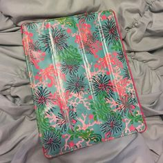 Well Loved Lilly Pulitzer iPad 2/3 Case Featured in Dirty Shirley print. Still has life left, but there is noticeable wear. Price firm unless bundled. Lilly Pulitzer Accessories Tablet Cases